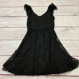 Primary Photo - BRAND: LILY ROSE STYLE: DRESS SHORT SHORT SLEEVE COLOR: BLACK SIZE: XS OTHER INFO: LACE DESIGN SKU: 257-257194-2314
