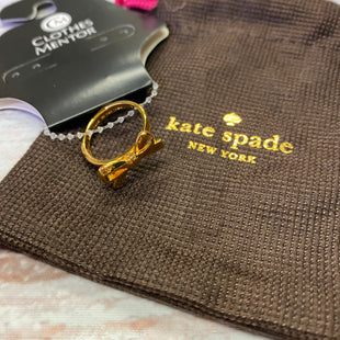 Primary Photo - BRAND: KATE SPADE STYLE: RING COLOR: GOLD SIZE: 7 OTHER INFO: BOW ON FRONT SKU: 257-257103-822