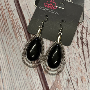 Primary Photo - BRAND: PAPARAZZI STYLE: EARRINGS COLOR: BLACK SKU: 257-257195-171