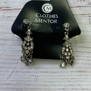 Primary Photo - BRAND:    CLOTHES MENTOR STYLE: EARRINGS SKU: 257-25748-8507