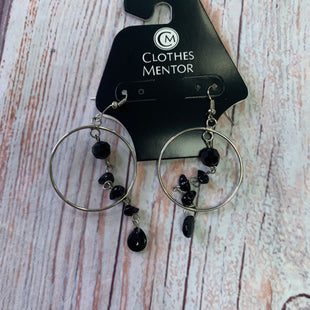 Primary Photo - BRAND:  CME STYLE: EARRINGS COLOR: SILVER OTHER INFO: BLACK & HOOP GREY - BLACK LONG SKU: 257-257198-208