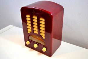 Candy Apple Red and White Catalin Cathedral 1938 Emerson Model BT-245 Tube AM Radio Absolutely Stunning! - [product_type} - Emerson - Retro Radio Farm