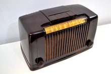 Load image into Gallery viewer, SOLD! - Jan 17, 2020 - Saddle Brown Bakelite Art Deco 1946 Arvin Model 555 AM Antique Bakelite Radio Sounds Great Station Preset Buttons! - [product_type} - Arvin - Retro Radio Farm