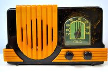 Load image into Gallery viewer, Onyx and Yellow Waterfall 1947 Addison Model B2E Catalin AM Vacuum Tube Radio Breathtaking!