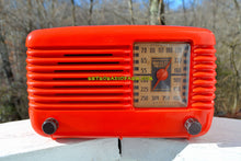 Load image into Gallery viewer, BLUETOOTH MP3 Ready - PERSIMMON Vintage Deco Retro 1946 Philco Transitone 46-200 AM Bakelite Tube Radio Excellent Working Condition! - [product_type} - Philco - Retro Radio Farm