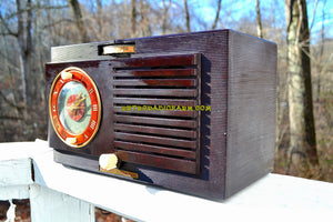 SOLD! - Mar 11, 2018 - BLUETOOTH MP3 READY - Art Deco 1952 General Electric Model 60 AM Brown Bakelite Tube Clock Radio Totally Restored! - [product_type} - General Electric - Retro Radio Farm