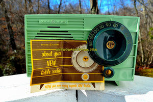 Pistachio Green Retro Vintage 1957 General Electric 457S AM Tube Radio Unique Color Combo! - [product_type} - General Electric - Retro Radio Farm