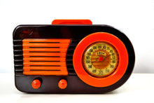 Load image into Gallery viewer, Gorgeous Catalin Vintage 1946 Fada Model 1000 AM Radio Iconic Design!