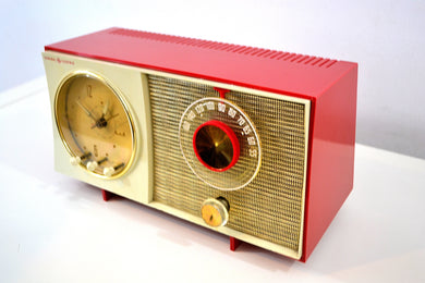 Corvette Red and White 1959 General Electric GE Vacuum Tube AM Clock Radio Sounds Great Real Cutie!