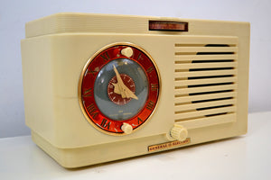 Colonnade Ivory White Vintage 1948-49 General Electric Model 67 AM Vacuum Tube Radio Solid Player Popular Model! - [product_type} - General Electric - Retro Radio Farm