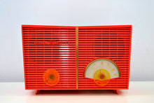 Load image into Gallery viewer, Flamin' Hot Vintage 1959 Philco G826-124 AM Tube Radio - [product_type} - Philco - Retro Radio Farm