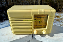 Load image into Gallery viewer, SOLD! - May 14, 2018 - GRECIAN IVORY Post War Deco Retro 1941 Philco Transitone Model PT-28 Tube AM Radio Excellent Plus Condition!