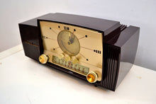 Load image into Gallery viewer, SOLD! - Mar 3, 2020 - Burgundy Brown 1957 General Electric Model 912 Vacuum Tube AM Clock Radio Solid Player Lovely Swirl! - [product_type} - General Electric - Retro Radio Farm