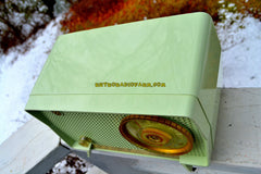 BLUETOOTH MP3 Ready - Julep Green Mid Century Retro Vintage 1956 RCA Victor Model 6-X-7C AM Tube Radio Excellent Condition!