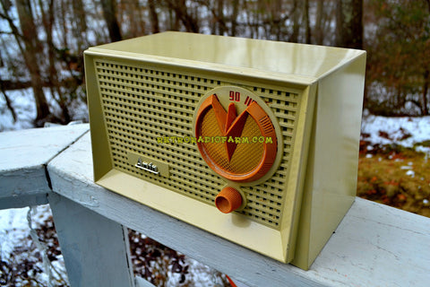 SOLD! - Apr 18, 2018 - BLUETOOTH MP3 Ready - Eggshell Ivory Mid Century Retro Vintage 1955 Arvin 951T AM Tube Radio Works Great!