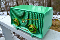 SEA GREEN  Mid Century Vintage 1957 Motorola Model 56R AM Tube Radio Rare! Works Great!