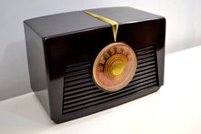 Load image into Gallery viewer, Arabica Brown Vintage 1949 RCA Victor Model 8X541 AM Vacuum Tube Radio Popular Model In Its Day and Today! - [product_type} - RCA Victor - Retro Radio Farm