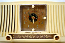 Load image into Gallery viewer, Ivory Vanilla 1953 General Electric Model 547 Retro AM Clock Radio Works Great! - [product_type} - General Electric - Retro Radio Farm