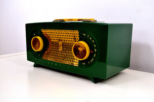 "Jade Green 1955 Zenith ""Broadway"" Model R511F AM Tube Radio - Give My Regards! - [product_type} - Zenith - Retro Radio Farm"