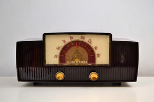 SOLD! - Mar 4, 2020 - Mahogany Swirl 1955 General Electric Model 427 Vacuum Tube AM Radio Lighted Beam Tuning! - [product_type} - General Electric - Retro Radio Farm