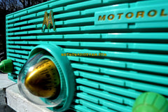 TURQUOISE Mid Century Retro Jetsons 1957 Motorola 56H Turbine Tube AM Radio Works And Looks Amazing!