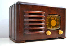 Mahogany Brown Wood 1941 Zenith Model 6D-525 AM Vacuum Tube Radio Super Performer! - [product_type} - Zenith - Retro Radio Farm