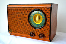 Load image into Gallery viewer, SOLD! - Mar 5, 2020 - Vintage Wood Pinhole Design Front 1946 Emerson Model 503 Vacuum Tube AM Radio Works Great! - [product_type} - Emerson - Retro Radio Farm