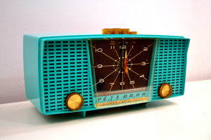 Ocean Turquoise Seafoam 1959 Electrohome Model 5C-18 AM Tube Clock Radio Totally Restored! - [product_type} - Electrohome - Retro Radio Farm