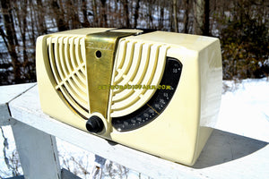 SOLD! - Dec. 17, 2018 - Antique Ivory White 1946 Zenith Consol-Tone Model 6-D-015 AM Tube Radio Looks Great! - [product_type} - Zenith - Retro Radio Farm