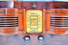 Load image into Gallery viewer, Highly Figured Burl Wood 1940 Emerson Model 376 Vacuum Tube AM Radio Refinished and Restored Top To Bottom! - [product_type} - Emerson - Retro Radio Farm