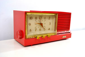 SOLD! - May 23, 2019 - CORAL Pink Mid Century Retro Vintage 1959 Arvin Model 957T AM Tube Clock Radio Works Great! - [product_type} - Arvin - Retro Radio Farm