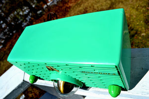SOLD! - Sept 16, 2018 - Seafoam Green Mid Century Retro Jetsons 1957 Motorola 56H Turbine Tube AM Radio Works Amazing!