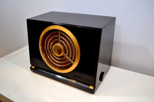 Brown Bakelite 1950 RCA Victor Model 9X561 Vacuum Tube AM Radio Best Sounding Radio! - [product_type} - RCA Victor - Retro Radio Farm