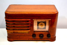 Load image into Gallery viewer, Solid Wood 1946 Crosley Model 56TN Vacuum Tube AM Radio True Historic Beauty! - [product_type} - Crosley - Retro Radio Farm