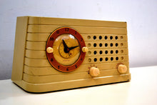Load image into Gallery viewer, Art Deco Post War 1949 Telechron Model 8H59 Tube AM Clock Radio First Clock Radio! - [product_type} - Telechron - Retro Radio Farm