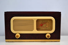 Load image into Gallery viewer, Oxblood Leather Grained Covered Vintage 1947 Philco Transitone 47-204 Vacuum Tube AM Radio Sounds Looks Spectacular! - [product_type} - Philco - Retro Radio Farm