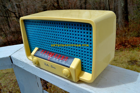 SPIRIT OF 76 Red White & Blue 1948 Teletone Model  201 AM Tube Radio Rare Looks and Works Great!