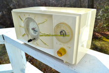 Load image into Gallery viewer, SOLD! - July 21, 2018 - BLUETOOTH MP3 UPGRADE ADDED - SNOW WHITE Mid Century Retro 1959 Westinghouse Model H816L5 Tube AM Clock Radio Totally Restored! - [product_type} - Westinghouse - Retro Radio Farm