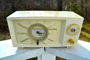 SOLD! - July 21, 2018 - BLUETOOTH MP3 UPGRADE ADDED - SNOW WHITE Mid Century Retro 1959 Westinghouse Model H816L5 Tube AM Clock Radio Totally Restored! - [product_type} - Westinghouse - Retro Radio Farm