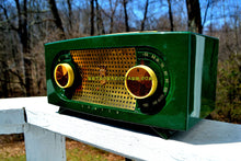 Load image into Gallery viewer, SOLD! - May 6, 2018 - CANDY APPLE GREEN 1955 Zenith Model R511F AM Tube Radio Excellent Condition!