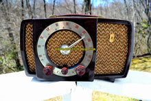 Load image into Gallery viewer, SOLD! - May 9, 2018 - CLASSIC GOLDEN AGE Walnut Brown Bakeilte 1951 Zenith Model H724Z2 AM/FM Tube Radio Great Player! - [product_type} - Zenith - Retro Radio Farm