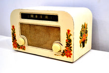 Load image into Gallery viewer, Country Cottage Ivory 1940 Motorola 55x15 Tube AM Radio Original Factory Quaint Design! - [product_type} - Motorola - Retro Radio Farm