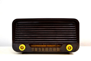 Kona Brown Bakelite Vintage 1950 Philco Model 50-520 AM Vacuum Tube Radio Sleek Looking Great Sounding! - [product_type} - Philco - Retro Radio Farm
