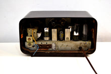 Load image into Gallery viewer, Kona Brown Bakelite Vintage 1950 Philco Model 50-520 AM Vacuum Tube Radio Sleek Looking Great Sounding! - [product_type} - Philco - Retro Radio Farm