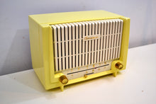 Load image into Gallery viewer, Lemon Yellow 1955 Granco Model 7TAF AM/FM Tube Antique Radio Extremely Rare and Sounds Great! - [product_type} - Granco - Retro Radio Farm