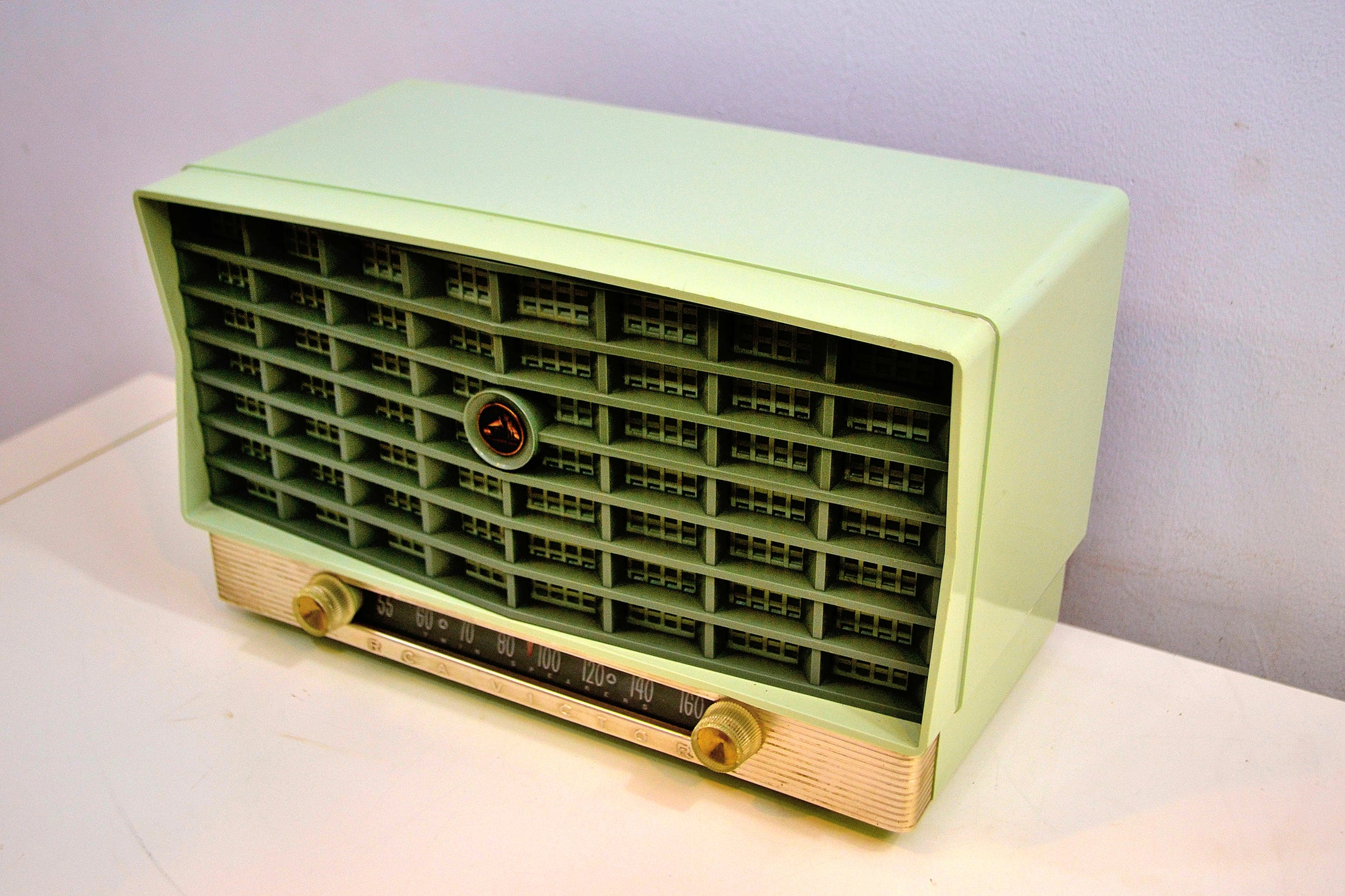 Pistachio Mint Green Vintage 1953 RCA Victor 6-XD-5 Tube Radio Sounds and Looks Great! - [product_type} - RCA Victor - Retro Radio Farm