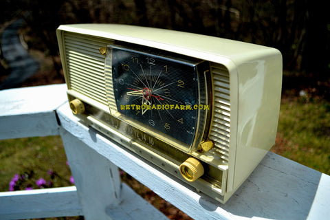 ALL IVORY Mid Century Retro 1956 RCA Victor 9-C-7LE Tube AM Clock Radio Totally Restored and Sounds Great!