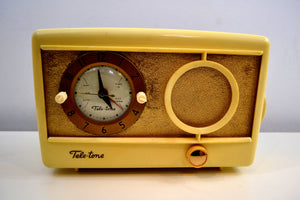 Vintage 1959 Tele-tone Model 81/S1 AM Clock Radio Excellent Condition! - [product_type} - Teletone - Retro Radio Farm