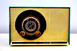 Aqua and White Sputnik Era Vintage 1957 General Electric 862 AM Radio Beautiful! - [product_type} - General Electric - Retro Radio Farm