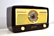 Load image into Gallery viewer, Mocha Brown Bakelite 1950 Jewel Wakemaster Model 5057U Vacuum Tube AM Clock Radio The Master Awaketh! - [product_type} - Jewel - Retro Radio Farm